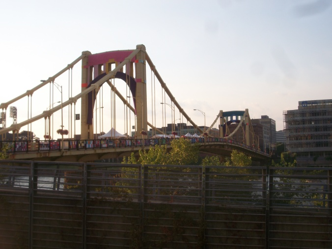PGH_knit_the_brdge