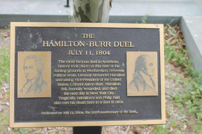 Hamilton-Burr_duel_sign_in_Weehawken,_NJ_IMG_6350.JPG